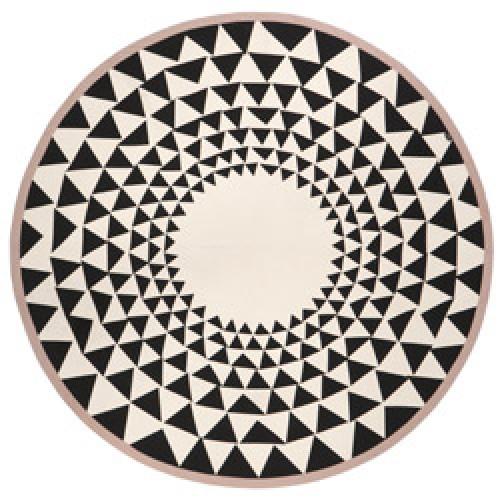 Ferm Living-mooi tapijtje voor onder de kerstboom-triangle-7565